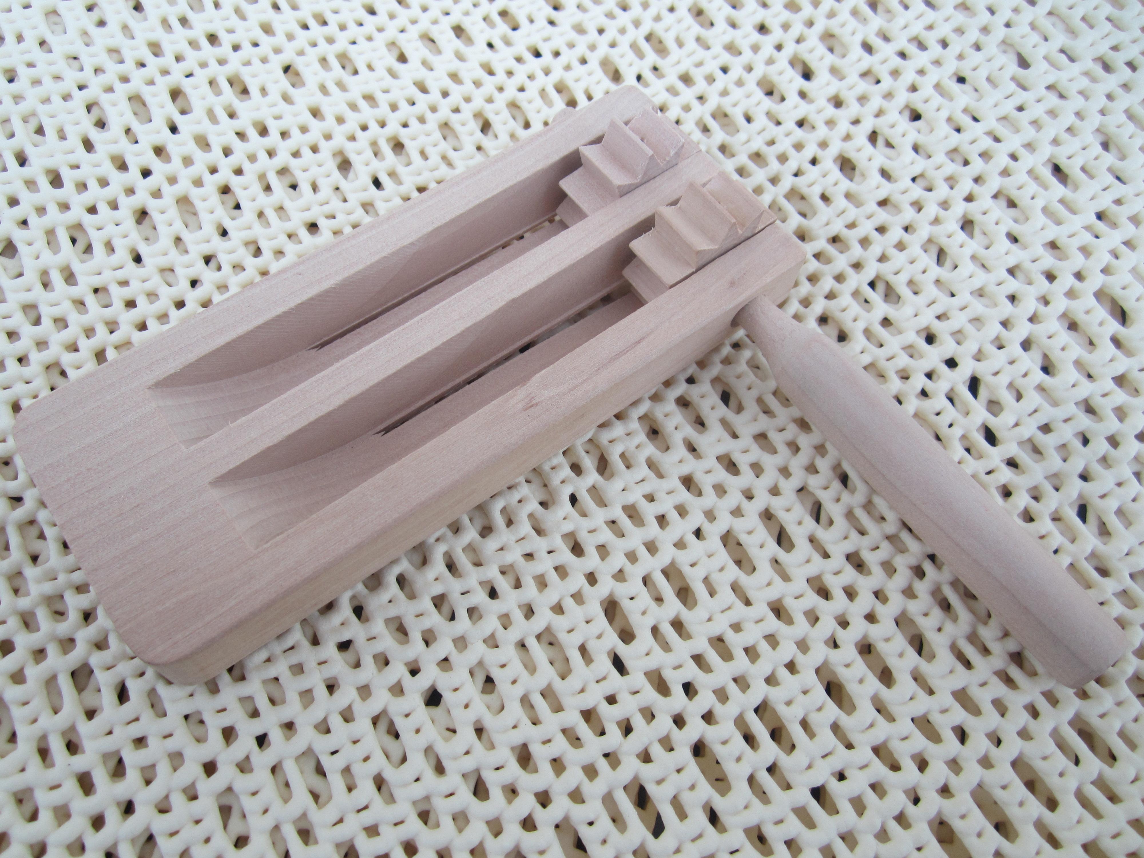 doppel ratschenatter r tsche knarre ratsche holzratsche aus holz online kaufen. Black Bedroom Furniture Sets. Home Design Ideas